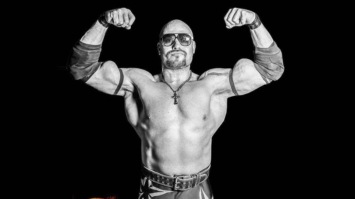Behind the Gimmick Table: Rob Rage finds muscles still sell