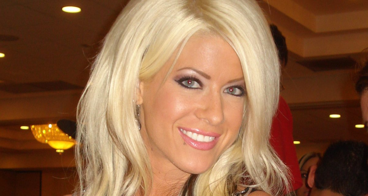 Angelina Love story archive